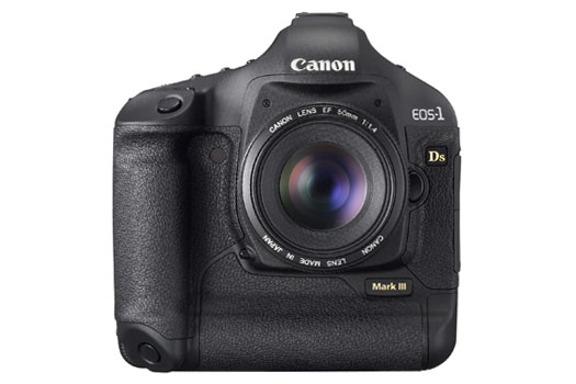 Canon EOS-1Ds Mark III (front)