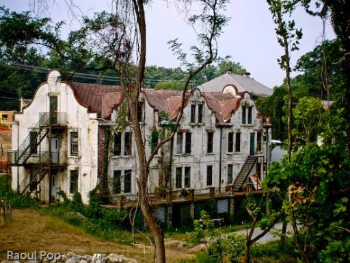 Spanish Villas