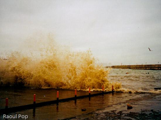 Waves splashing against the embankment