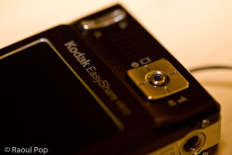 Kodak v610 zoom and selection controls