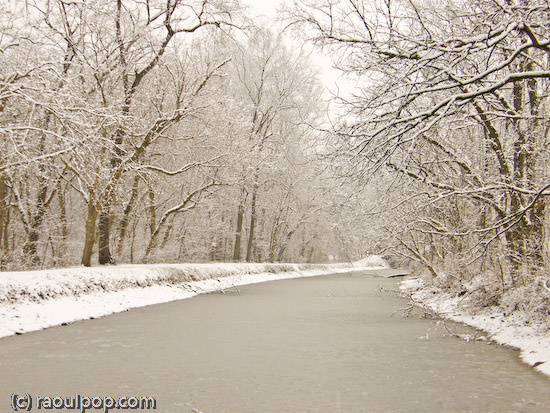 C&O Canal at Lock 10 during snowstorm