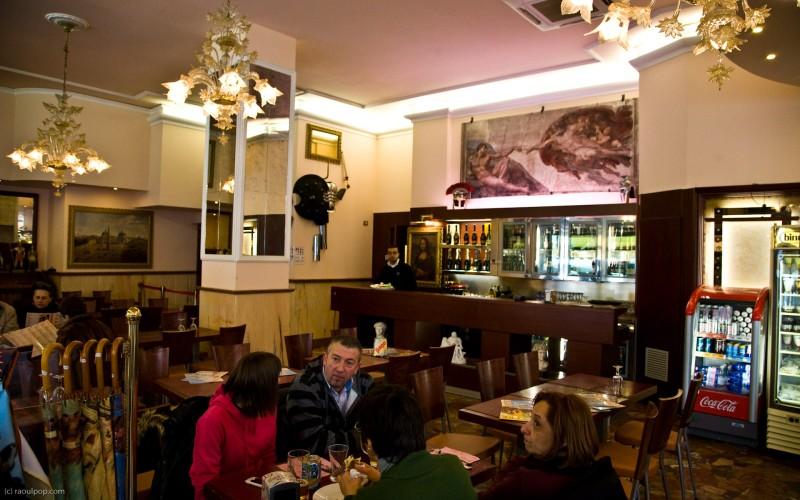 A restaurant near Basilica din San Pietro