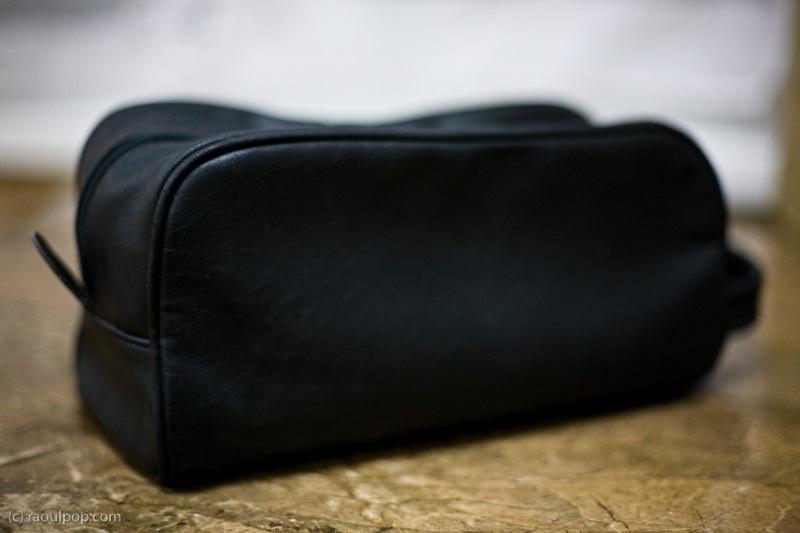 Potential design for a Drobo carrying case