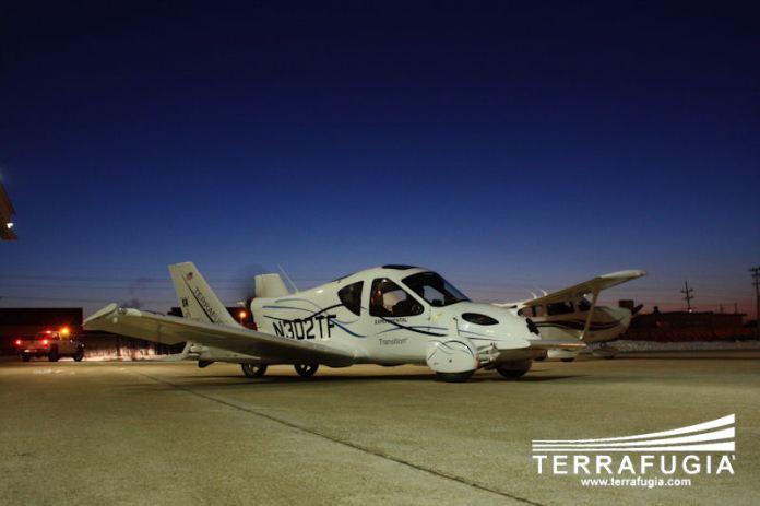 terrafugia_morning_hangar