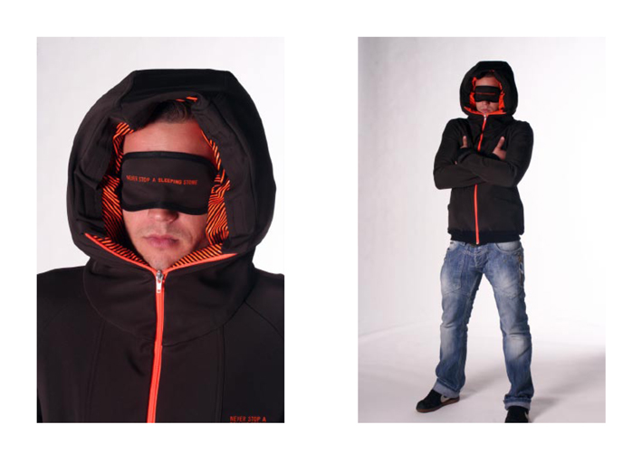 jacket-with-inflatable-hood-3