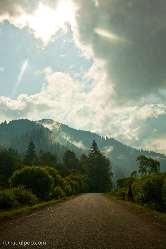 crossing-the-mountains-4