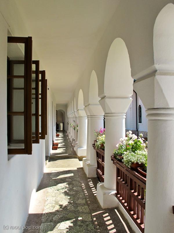 manastirea-agapia-bucovina-66