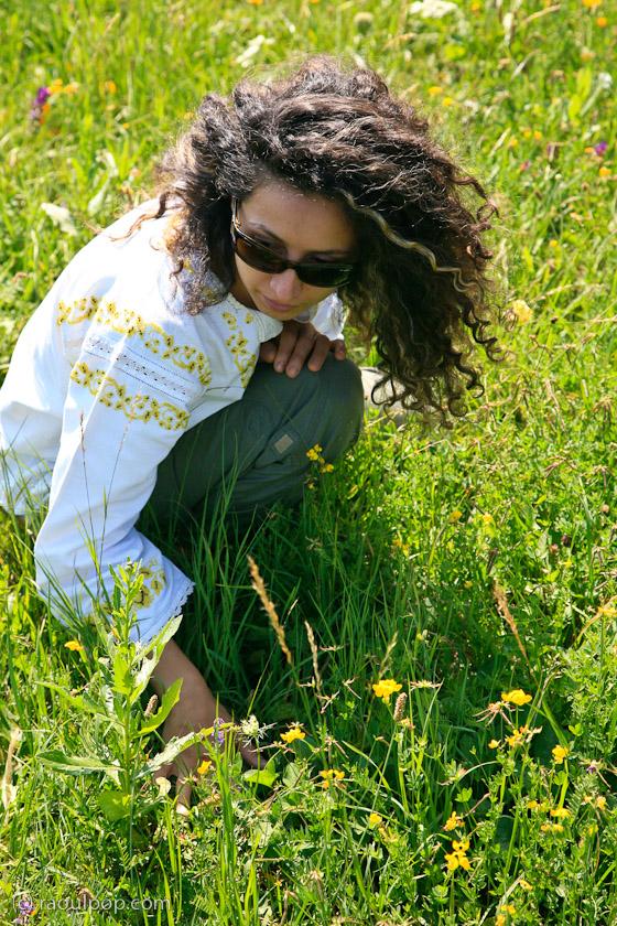 Ligia picks wildflowers