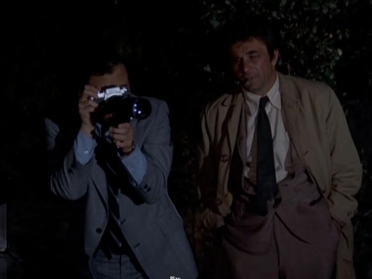 camera-gun-columbo-episode-3
