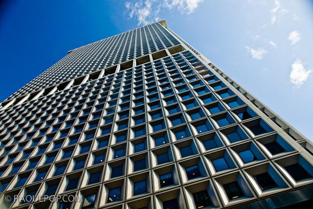 Massive skyscraper, South Manhattan, New York, USA.