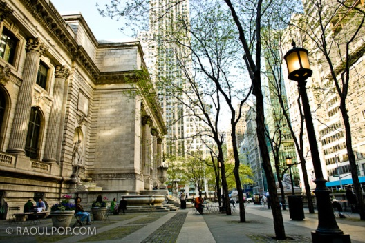 Outside the Public Library, Manhattan, New York, USA.