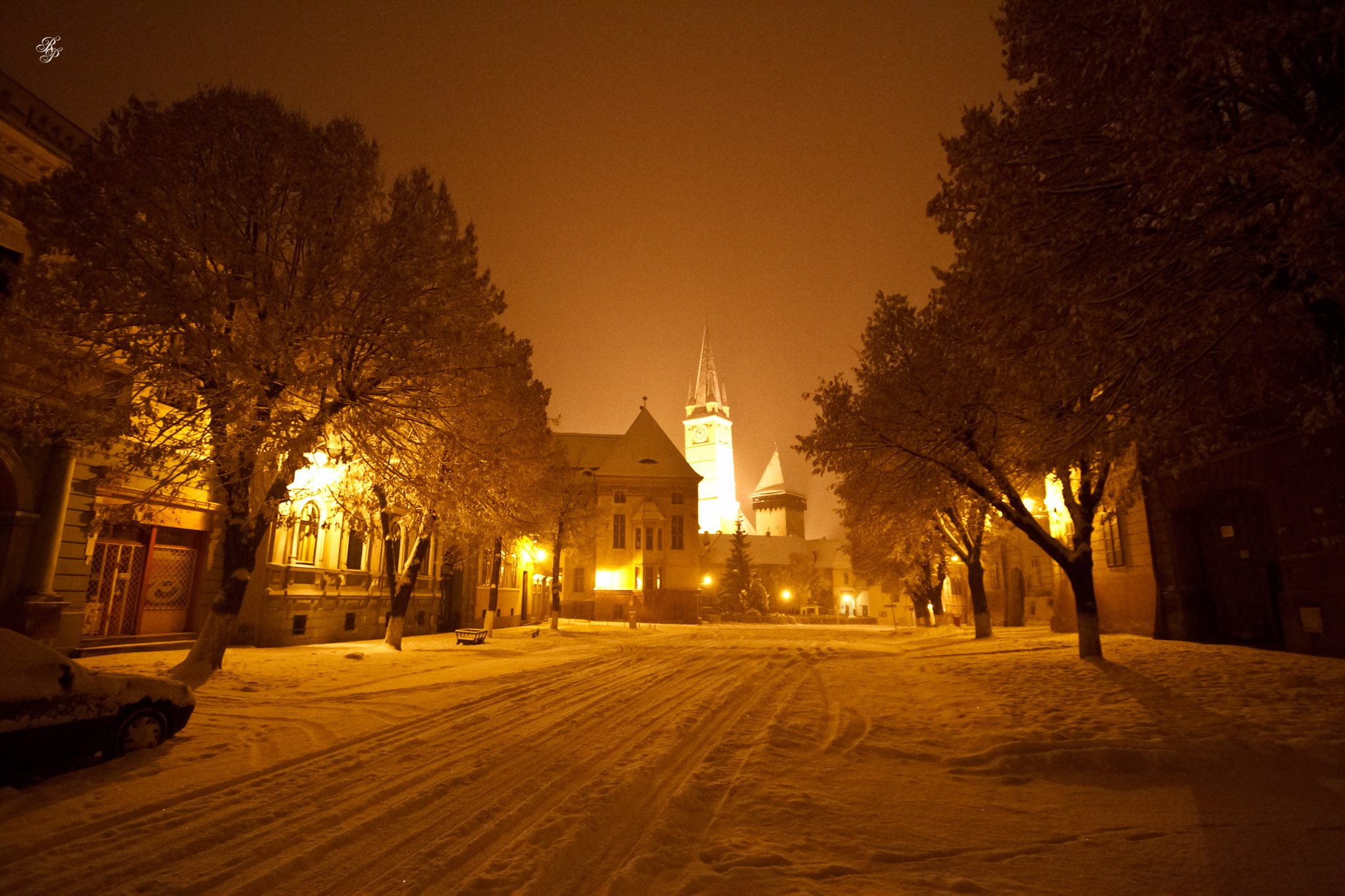 a snowy evening walk in medias raoul pop