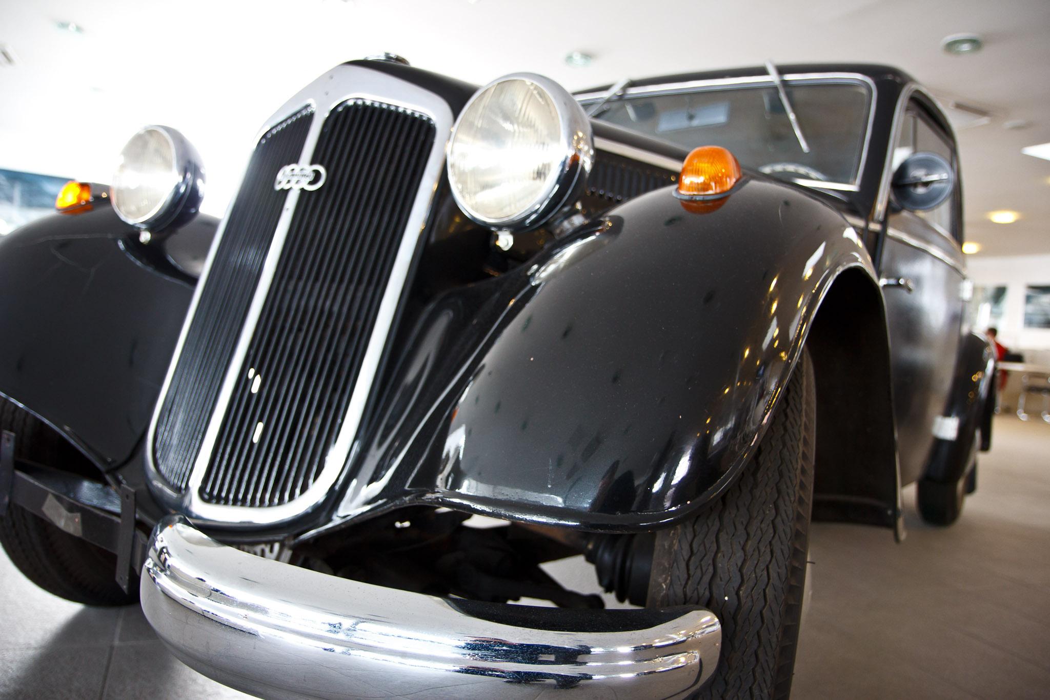 An Antique Audi At Tess Auto Raoul Pop - Vintage audi cars