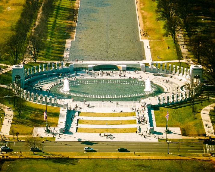 A closer aerial view of the World War II Memorial in Washington, DC.