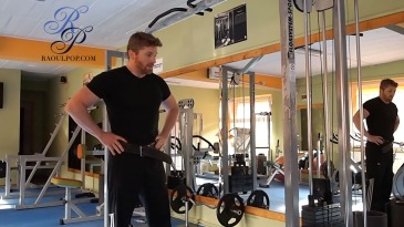 Different techniques for weighted pullups and a new lat exercise(Thumbnail)