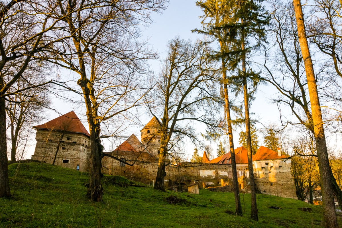 The Bethlen-Cris Castle