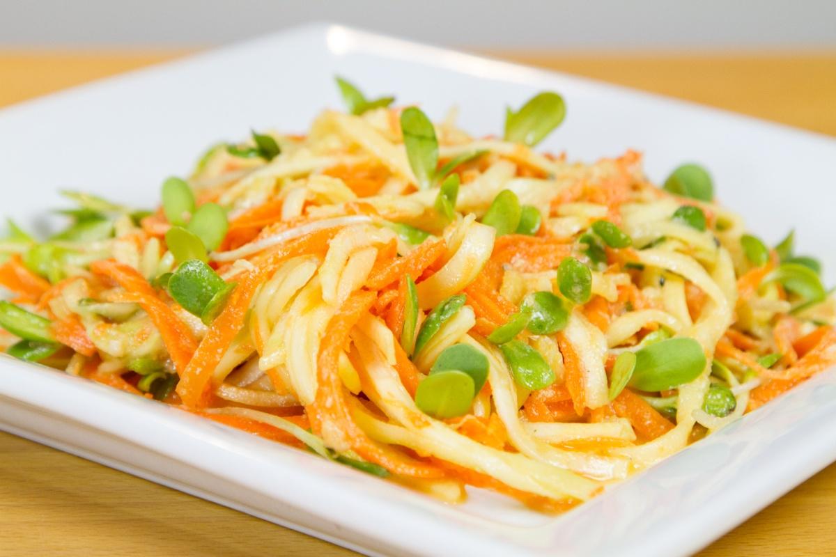 Ligia's Kitchen: A raw vegan spaghettidish