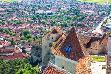Rooftops of Rasnov II