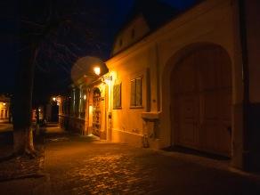A walk through Medias before daybreak