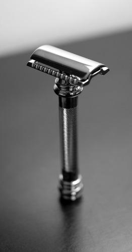 "Merkur Model 38 Hd Classic ""Barber Pole"" Long Safety Razor"