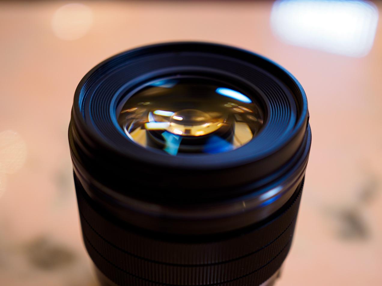 Olympus 25mm f1.2 PRO lens